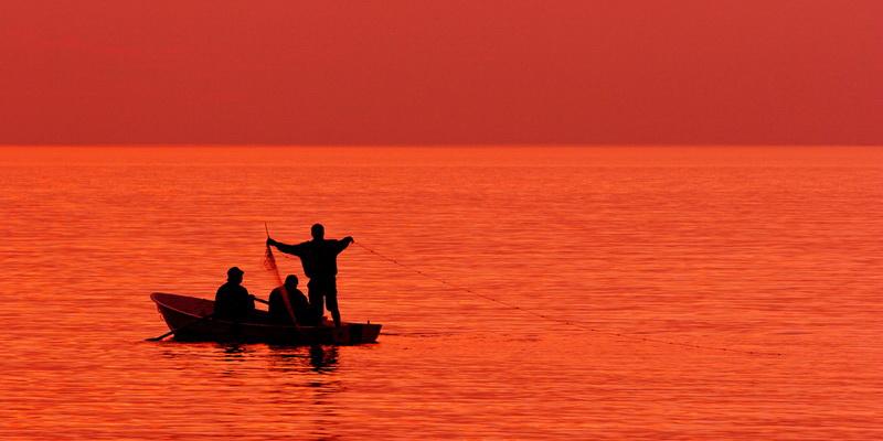 Притча: Рибалка і вогонь