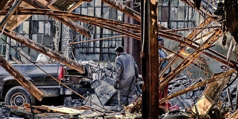 Детройт: свершины впропасть